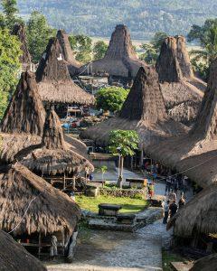 Mengintip Keindahan Kampung Adat Praijing di Sumba Barat