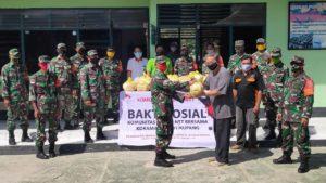 Komunitas Peduli Kupang dan Koramil 1604-01/Kupang Salurkan 220 Paket Sembako